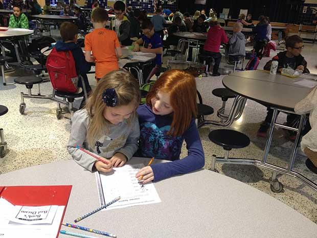 elementary-school-cross-age-tutoring